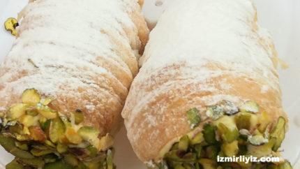 İzmir'de Torpil Pasta ( Külah Tatlısı ) Satan Yerler