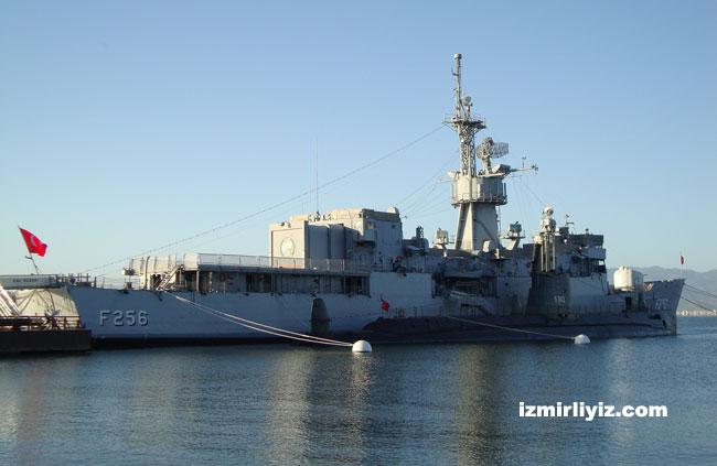 İzmir Müze Gemiler Nerede? Ziyaret Saatleri ve Giriş Ücretleri