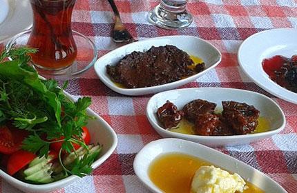 İzmir Kahvaltı Mekanları
